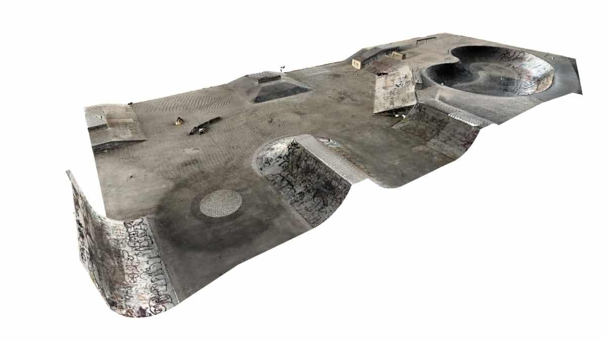 3D laser scanning a skate park.